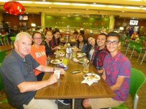 Mentors and scholars eat together at USC dining hall